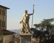 la-statua-di-ferdinando-iii-di-lorena-177x142 Home